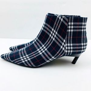 Zara plaid booties NWT